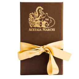 traditional-balsamic-vinegar-of-modena-dop-extravecchio-yellow-ribbon-packaging