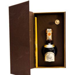 traditional-balsamic-vinegar-of-modena-dop-extravecchio-packaging-tape