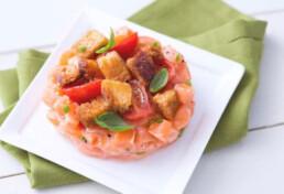 recipe for salmon tartare and panzanella with balsamic vinegar of modena